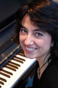Lorenda Ramou - Pianist (2)